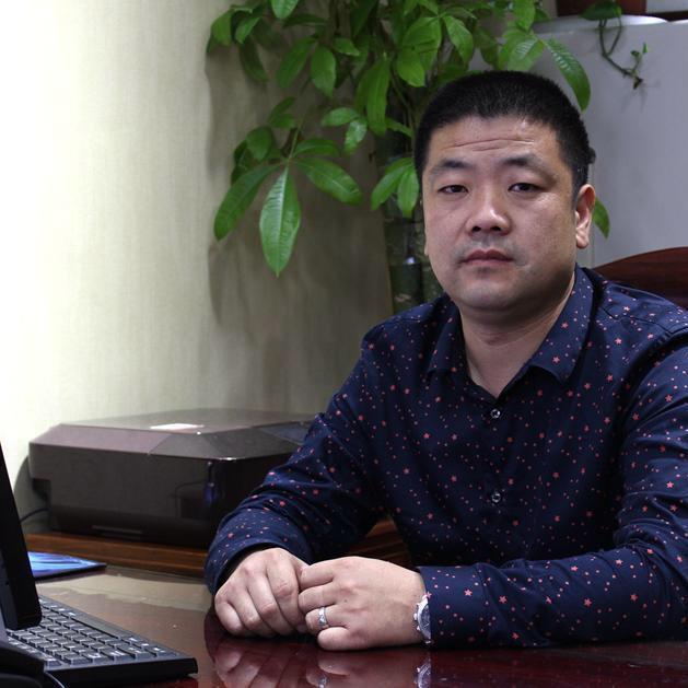 玉雕名人劉海港